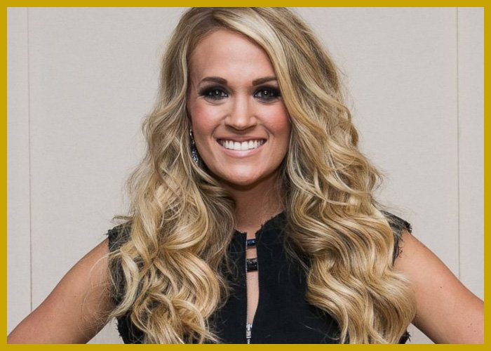 who did carrie underwood date