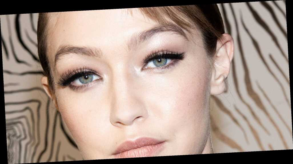 How Much Do Lash Extensions Cost? - Big World News